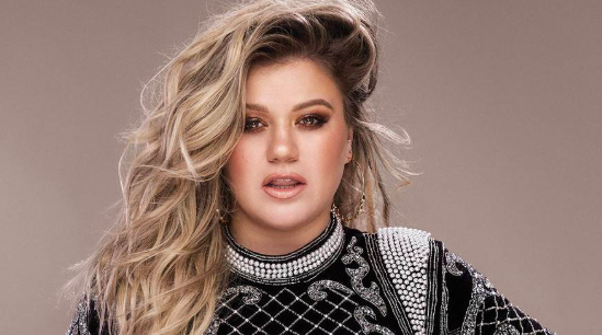 Kelly Clarkson Never Stopped Being Awesome…